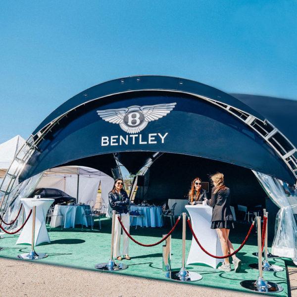 Напольное покрытие в шатре Bentley